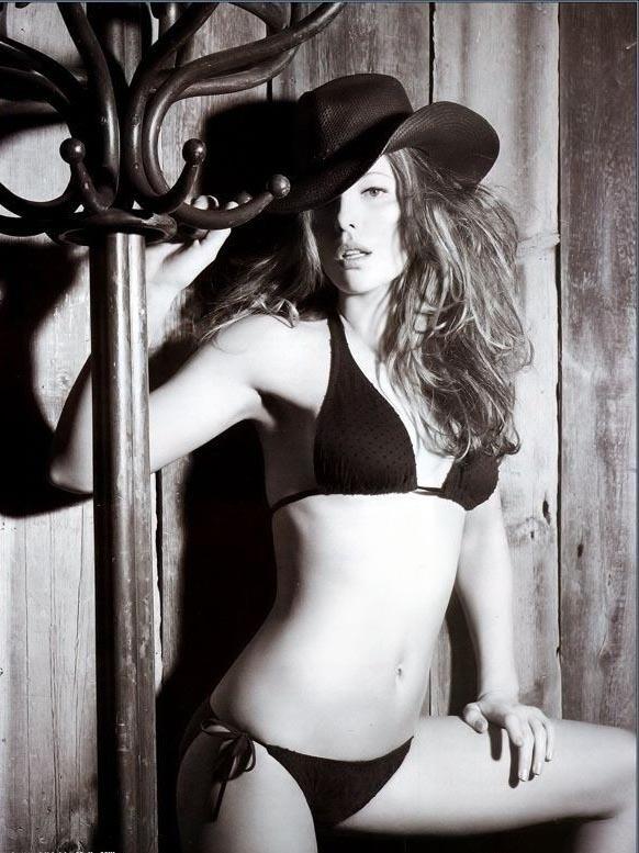 Кейт Бекинсейл голая. Фото - 17
