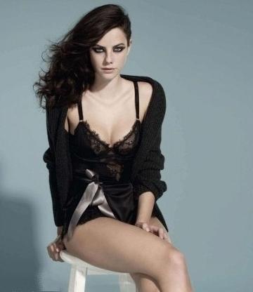 Kaya Scodelario y sus desnudos hipócritas fotos
