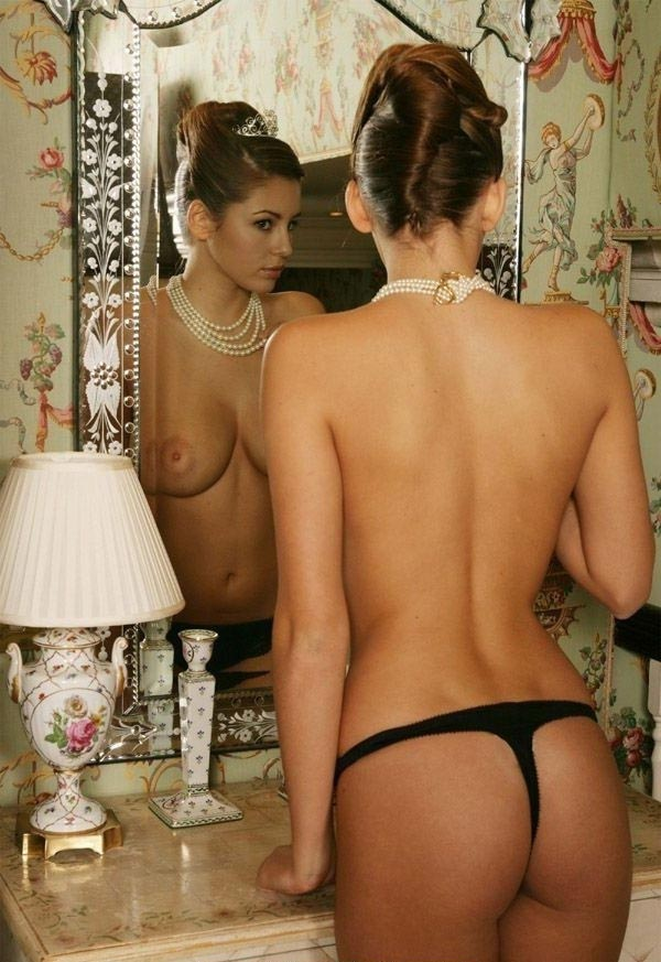 Keeley Hazell Nude. Photo - 1