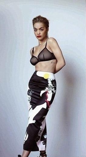 Rita Ora Nackt. Foto - 12