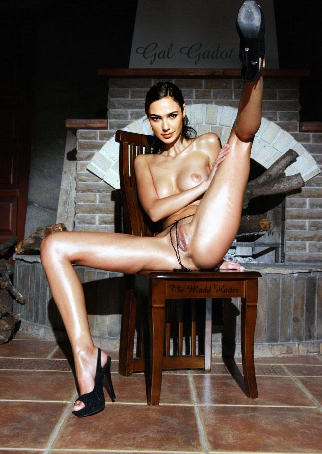 Галь Гадот голая. Фото - 100