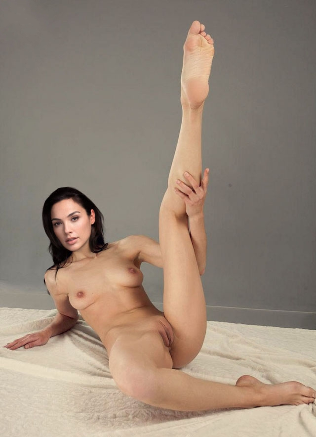 Gal Gadot Nude. Photo - 211