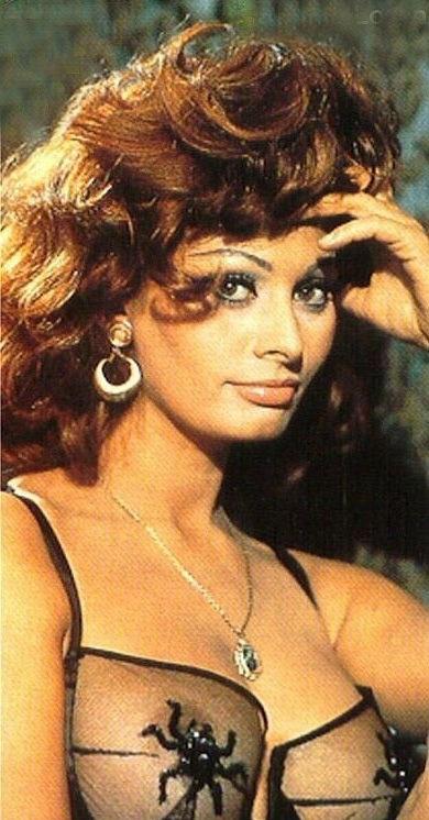 Sophia Loren Nago. Zdjęcie - 11