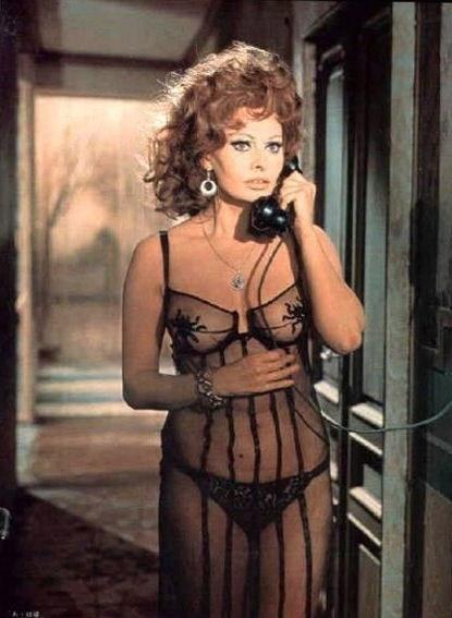 Sophia Loren Nago. Zdjęcie - 12
