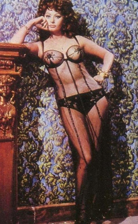 Sophia Loren Nago. Zdjęcie - 13