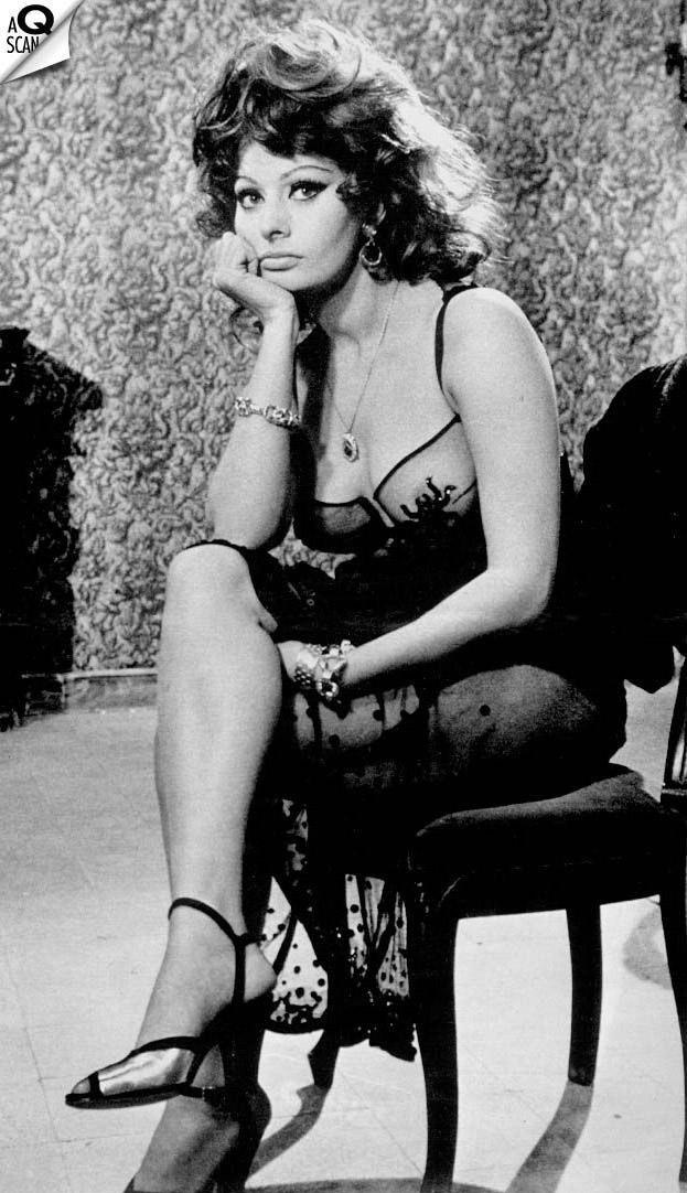 Sophia Loren Nago. Zdjęcie - 14