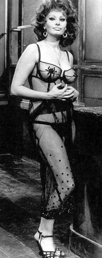 Sophia Loren Nago. Zdjęcie - 19