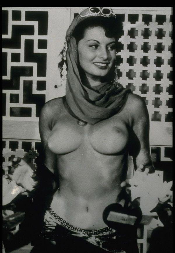 Sophia Loren Nago. Zdjęcie - 2