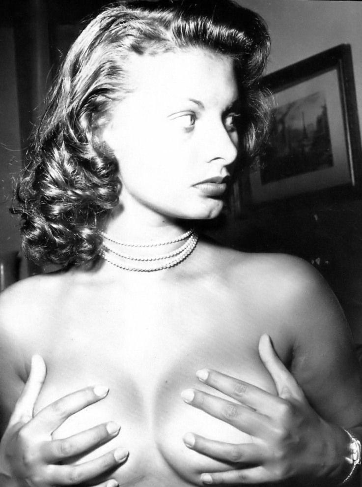 Sophia Loren Nago. Zdjęcie - 21