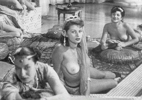 Sophia Loren Nago. Zdjęcie - 22