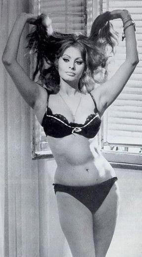 Sophia Loren Nago. Zdjęcie - 26