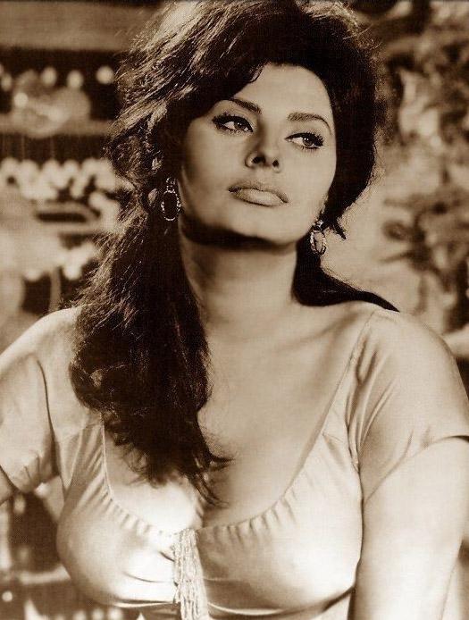 Sophia Loren Nago. Zdjęcie - 30