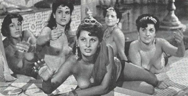 Sophia Loren Nago. Zdjęcie - 42