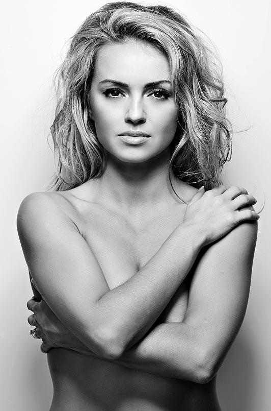 Ola Jordan Nago. Zdjęcie - 18