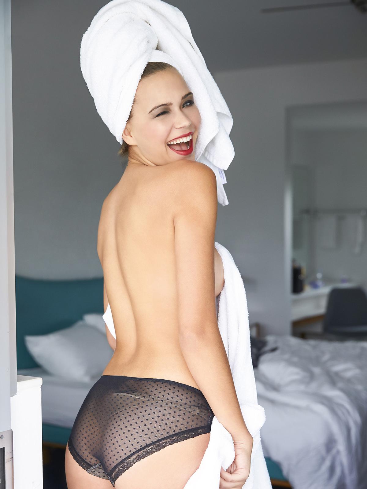 Sandra Kubicka Nago. Zdjęcie - 57