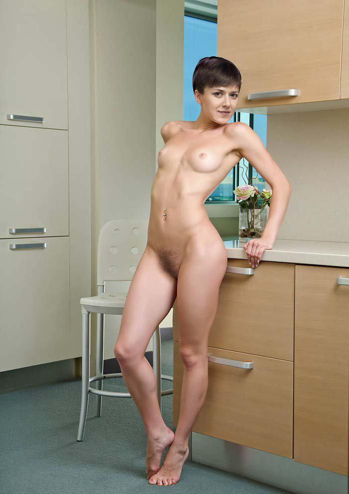 Анна Кузина голая. Фото - 2