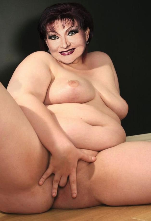 Елена Степаненко голая. Фото - 1