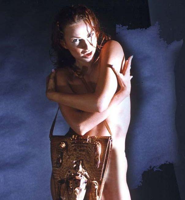 Эвелина Бледанс голая. Фото - 1