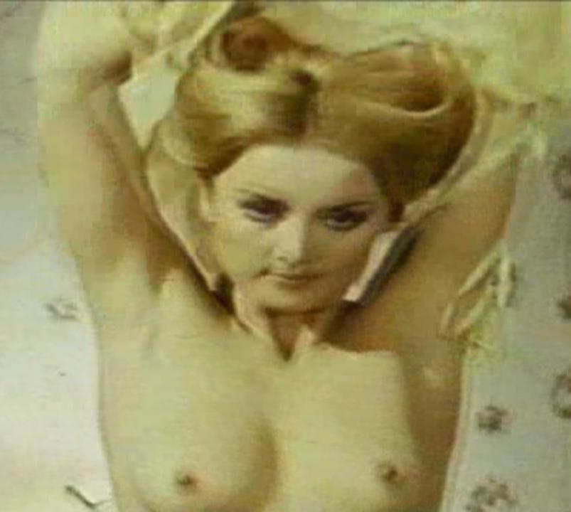 Barbara Bouchet Nude. Photo - 7