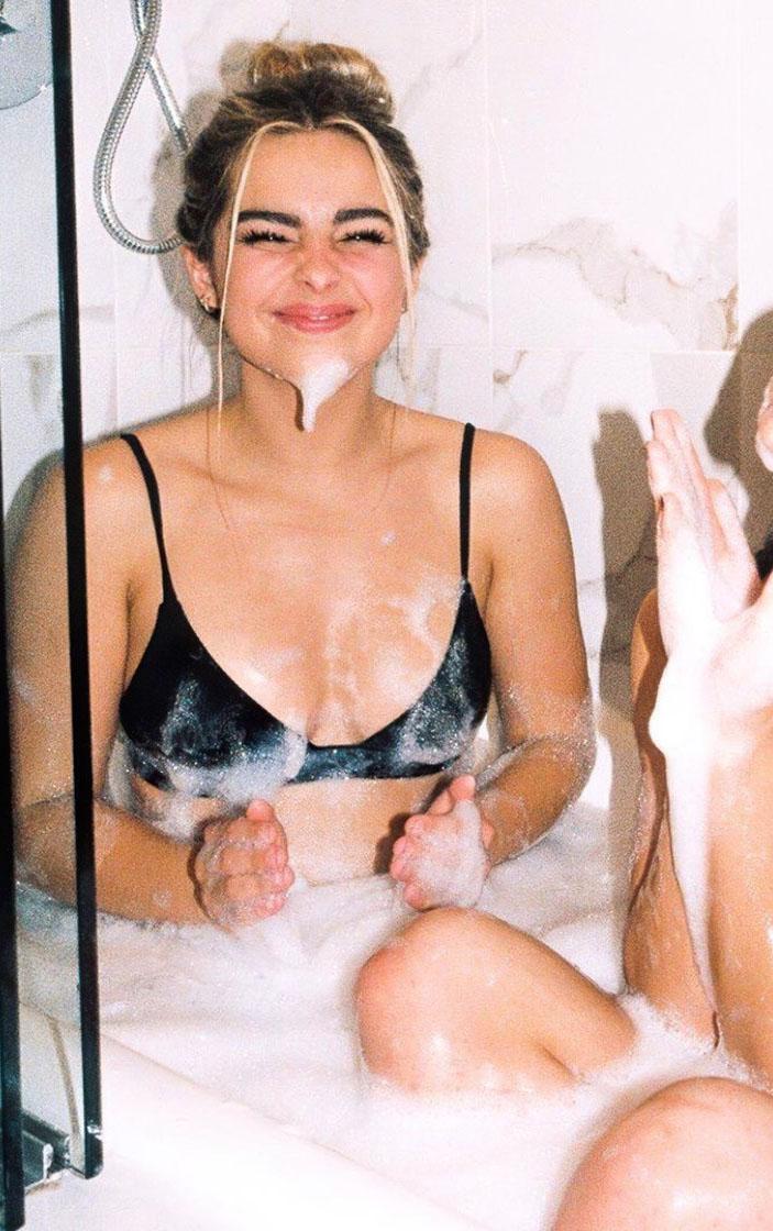 Addison Rae Nackt. Foto - 26