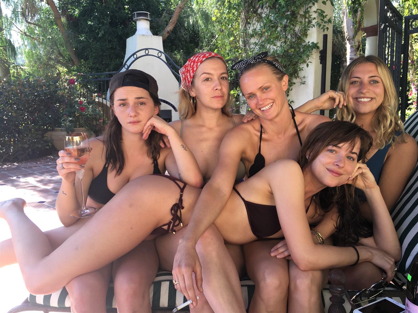 Addison Timlin Nude. Photo - 9