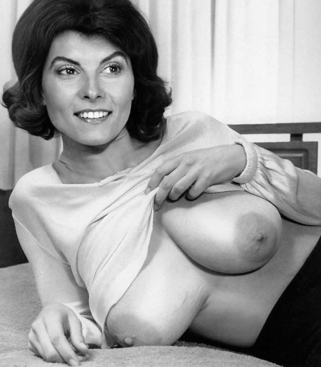 Adrienne Barbeau Nude. Photo - 2