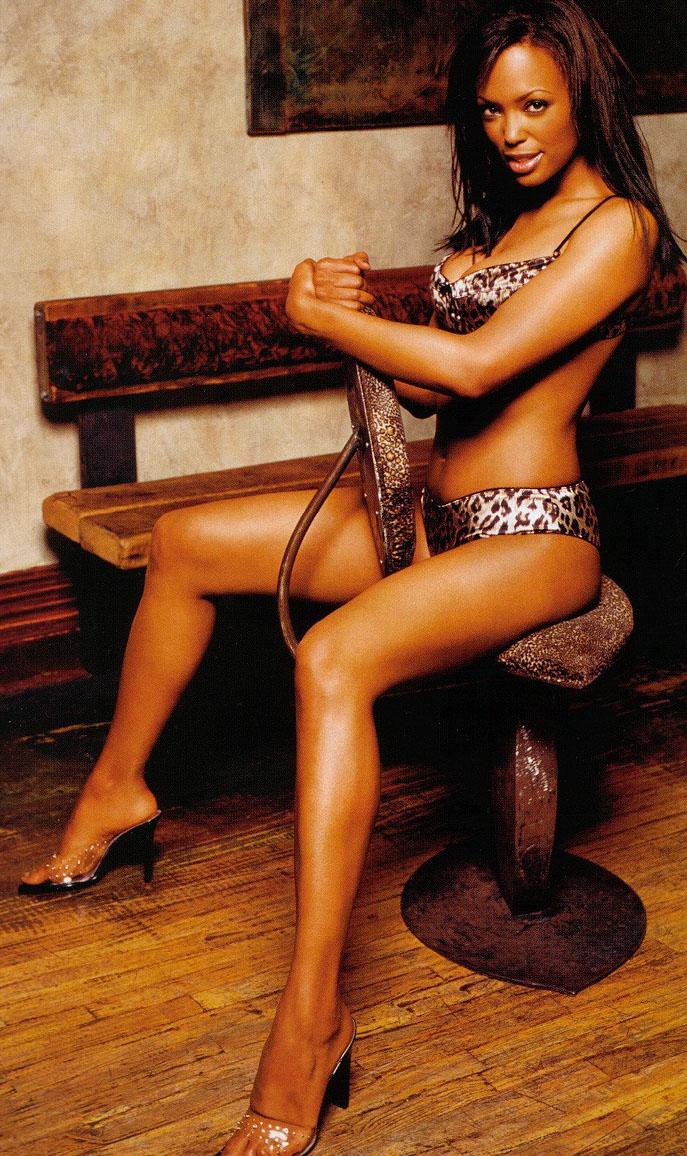 Aisha Tyler Nude. Photo - 7