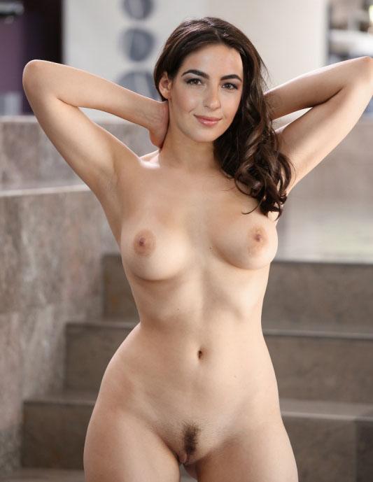 Alanna Masterson Nude. Photo - 21