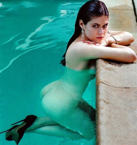 Alexandra Daddario Nago. Zdjęcie - 51