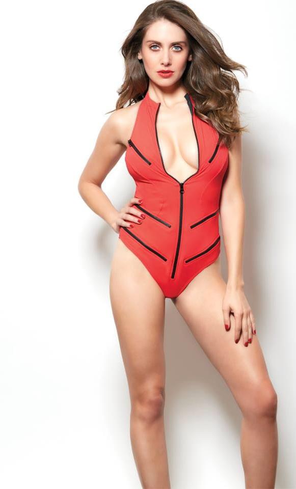 Alison Brie Nude. Photo - 27