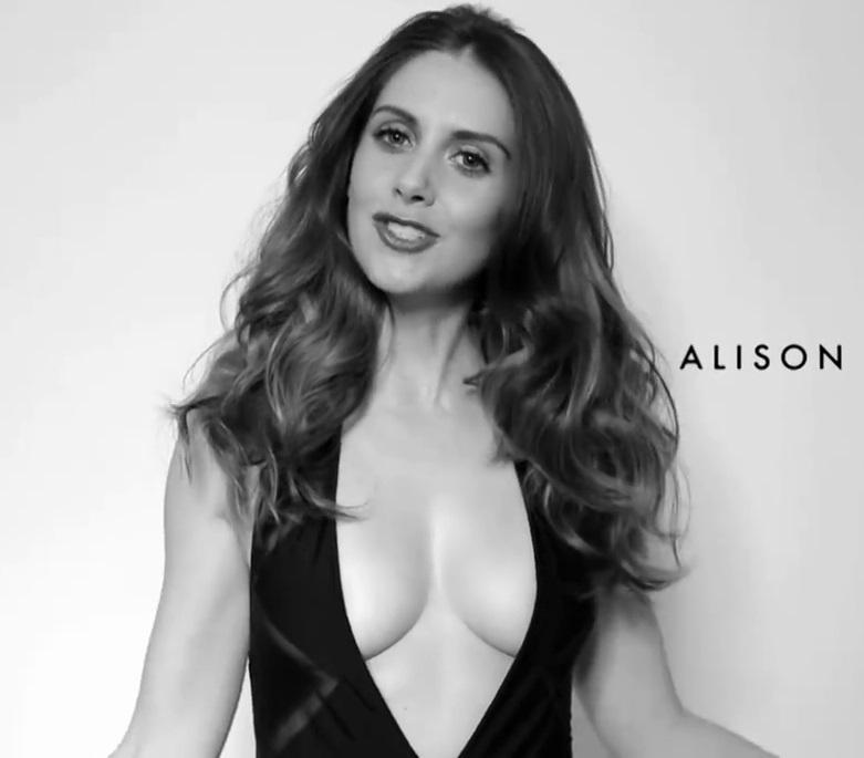 Alison Brie Nude. Photo - 29