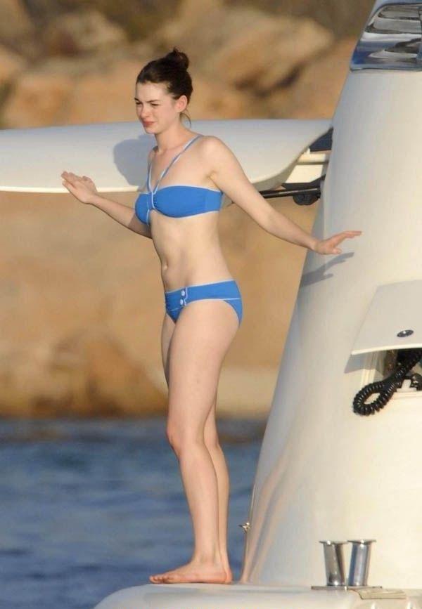 Anne Hathaway Nago. Zdjęcie - 5