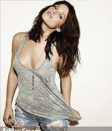 Ashley Greene Nago. Zdjęcie - 6