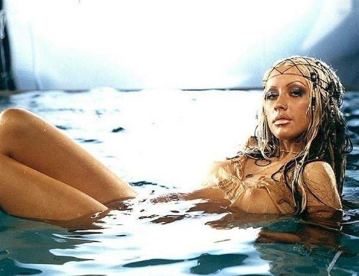 Christina Aguilera Nago. Zdjęcie - 17