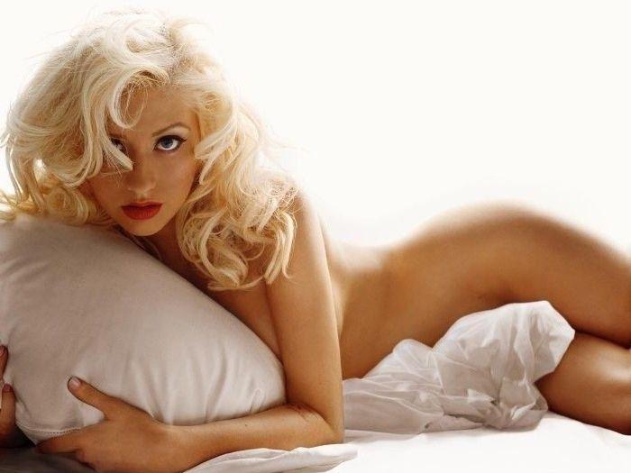 Christina Aguilera Nago. Zdjęcie - 45