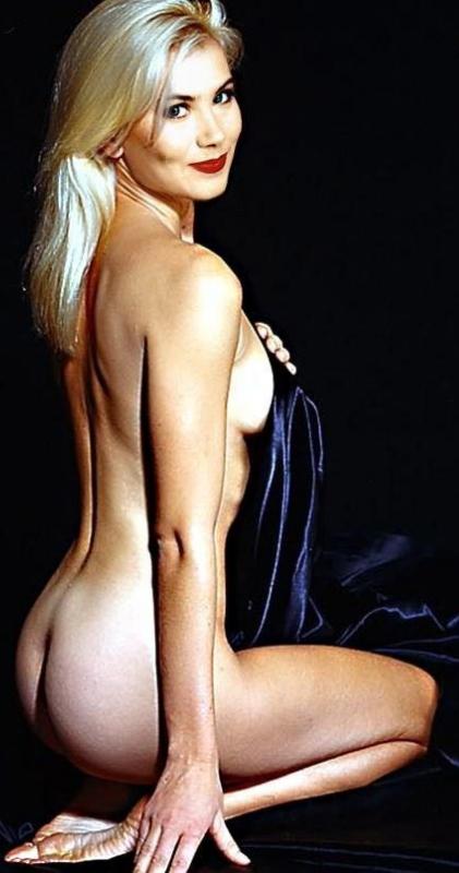 Christina Applegate Nago. Zdjęcie - 21