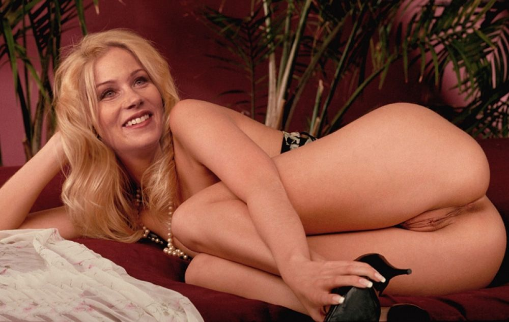 Christina Applegate Nude. Photo - 229