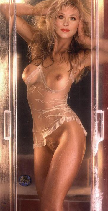 Christina Applegate Nude. Photo - 233