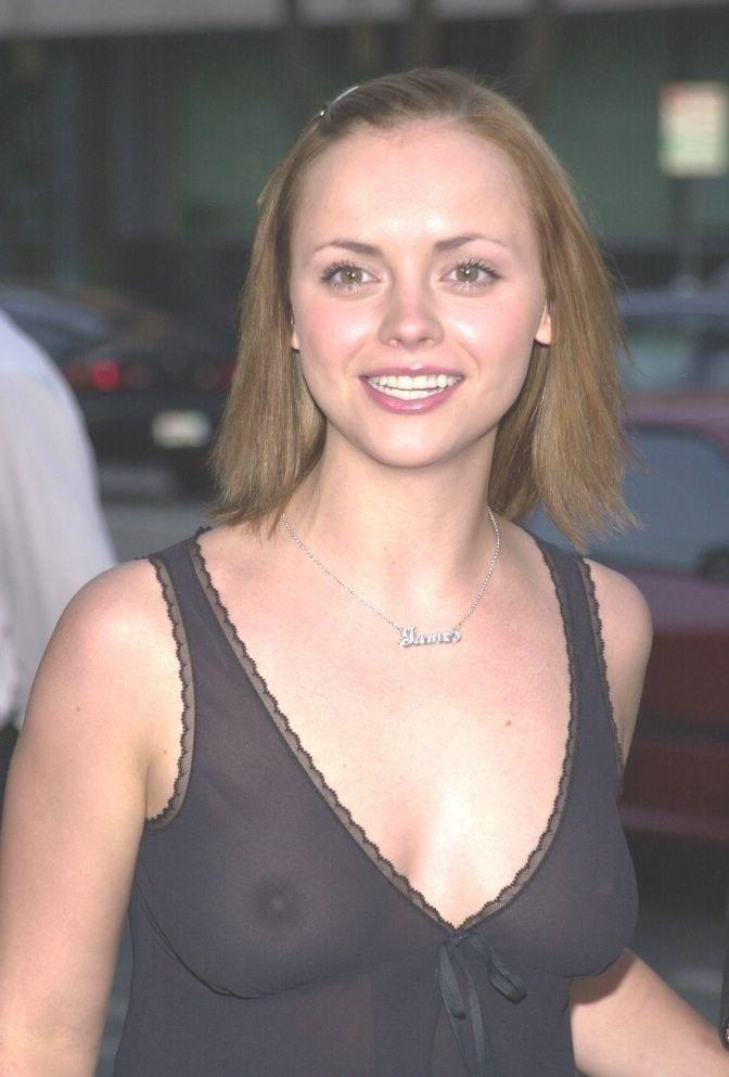 Christina Ricci Nude. Photo - 2
