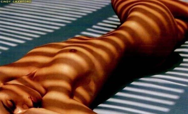 Cindy Crawford Nago. Zdjęcie - 12