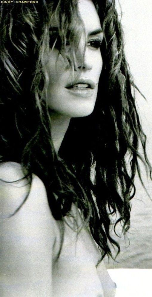 Cindy Crawford Nago. Zdjęcie - 13