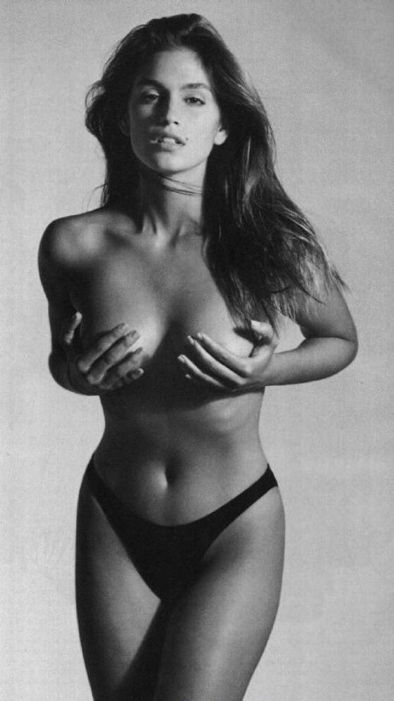 Cindy Crawford Nago. Zdjęcie - 17