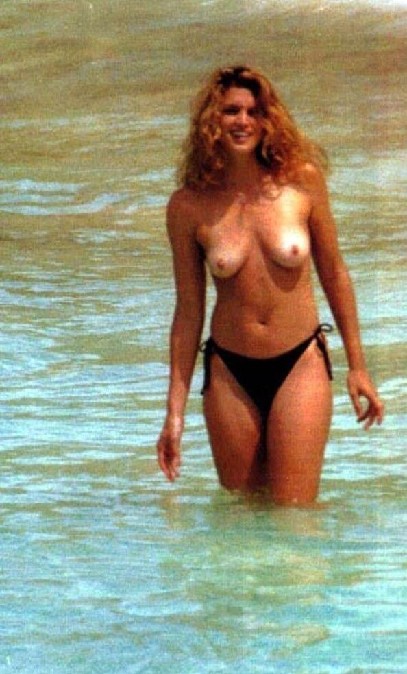 Cindy Crawford Nago. Zdjęcie - 32