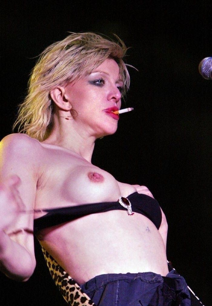 Courtney Love Nago. Zdjęcie - 16