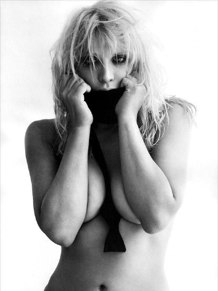 Courtney Love Nago. Zdjęcie - 24