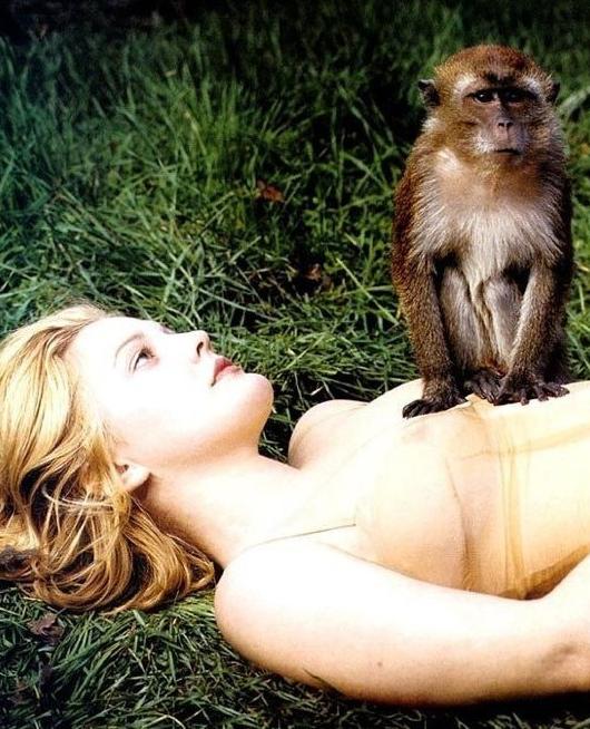 Drew Barrymore Nude. Photo - 18