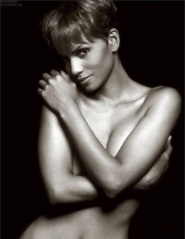 Halle Berry Nude. Photo - 23