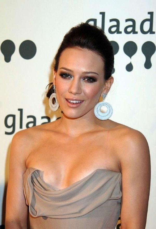 Hilary Duff fühlt sich nackt am wohlsten. » Nacktefoto.com
