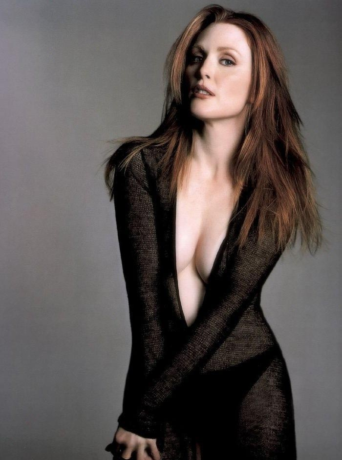 Julianne Moore Nago. Zdjęcie - 5