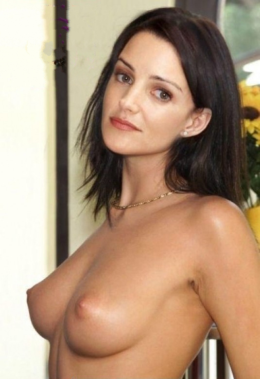 Kristin Davis Shows Nude Boob Sex And The City